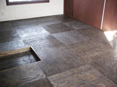 $リノベーションで心豊かな北海道の暮らしを実現したい!-針葉樹合板の床