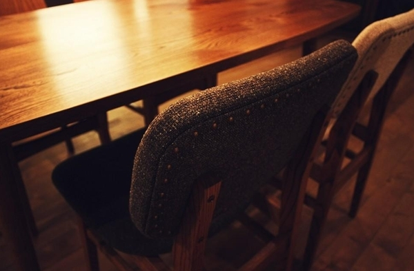$リノベーションで心豊かな北海道の暮らしを実現したい!-ダイニングテーブルとチェア