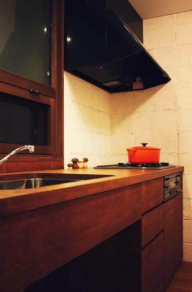 $リノベーションで心豊かな北海道の暮らしを実現したい!-木のキッチン