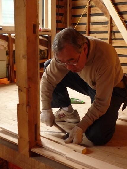 $リノベーションで北海道の豊かな暮らし-カバ材の無垢フローリング、札幌リノベーション住宅