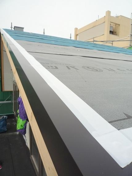 $リノベーションで北海道の豊かな暮らし-札幌リノベーション住宅、屋根工事